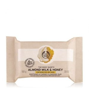almond-milk-honey-soothing-caring-cleansing-bar-1-640x640