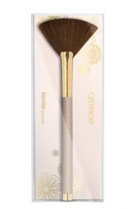 Catrice Kaviar Gauche Highlighter Brush
